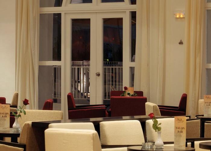 Modern Und Komfortabel, Sehr Geschmackvoll In Landestypischer Architektur  Ausgestattet, Im Frühjahr 2009 Komplett Renoviert, Buffetrestaurant Mit ...